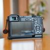 α6400の液晶保護フィルムは「ガラスフィルム」がおすすめ!α6400はガラスフィルムが貼れる!