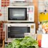 「電子レンジの調理は栄養が減るし、発ガン物質も生み出す!」はどこまで本当なのか?