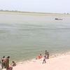 インドのビハール州パトナでインドの貧困に触れる