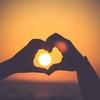 【おまじない🔯】恋愛運アップ💖恋愛成就に効果的💯とくにすごい10個の強力なおまじない!!超簡単・絆創膏・写真・待ち受けなど📱