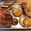 港南区上大岡西の「ブーランジェリー オンニ」でパンいろいろ