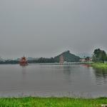 「蓮池潭(リャンチータン)」~高雄の代表的な観光スポットとして有名ですが。。。