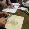 キムチ作りで異文化交流