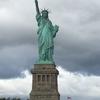 ニューヨークのお店で印刷と自由の女神を拝んだ