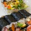 4種類のはみ出しちゃいました巻(海鮮サラダ)+20品目が摂れるサラダ