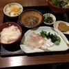 松山の鯛めし食べ比べは、五志喜 本店がうまかった。