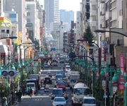チョ法相辞任で文大統領の支持率下落 日本では「ある危惧」の声が