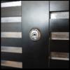 玄関の鍵交換