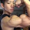 RIJU FITNESSはイケメンで筋肉が凄くて女性にモテモテ!!