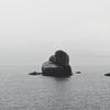 瀬戸内海に浮かぶ神秘的な巨石群「白石の鼻」