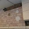 外構工事25日目~機能門柱の周りのレンガ、ペイク・ブリック ペイブ が出来上がっていました。