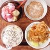豚肉しょうが焼き、バナナギリシャヨーグルト、小粒納豆。