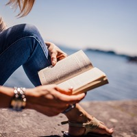 本を読む人生 と 本を読まない人生 は何が違うのか?