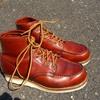 気になる赤色靴の話