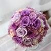紫色のバラが美しいクラッチブーケ。ボリュームアップ前後も素敵で美しいブーケを千葉県のプレ花嫁様へ。愛媛・ユキフローリスト。