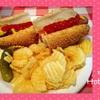 世界のホットドッグを食べ比べ!