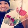 チューリップと薔薇を買いました。 Fresh flowers.