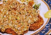 茨城県民はトンカツに納豆をのせる…!? 40年の伝統「納豆かつ」は食べ切るのが名残りおしいほどヤミツキの味だった