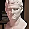 子規と絵または石膏像のデッサン-1