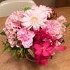 お花いっぱい/ガーベラやカーネーションの花ポット