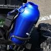 アクエリアス真空断熱ペットボトルケースをバイクに積む