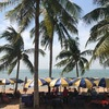 クリスマスのビーチは、絶好の海水浴&日光浴びより