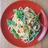 生で食べるだけはもったいない!油で炒めて美味しいロメインレタスレシピ2選