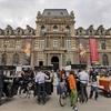 パリのルーブル美術館で、(モナリザ)と(クレオパトラの天体図)を見てきました。