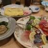 新大阪駅の駅ナカで美味しい海鮮を。御堂筋線乗り場にも新幹線乗り場にも近く、ちょっとサクッと食べるのに最適。