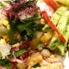 単なる菜っ葉がサラダに変身!便利な豆類ミックス