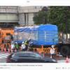 渋谷駅前にいた東急5000系青ガエルが、秋田へ向けていよいよ旅立ち。(2020年8月3日朝5時)#子鉄