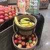 近況。あとオーストラリアのスーパーにはフリーフルーツがあるよ。