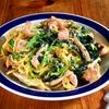 スパゲティをマヨネーズで炒めるとコクが三段くらいアガる「ほうれん草としめじのスパゲティ」【ヤスナリオ】