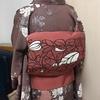 【着物コーディネート帖】小格子に菊模様織り出しお召に、アールヌーボーの綴れ帯で、イタリアンのランチコース