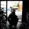 自転車の空気抜けを直してもらう