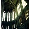 モン・サン・ミシェル修道院の天井と透かしの高窓