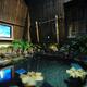 これぞアキバの露天風呂。屋上露天風呂+大画面テレビの組み合わせでマッタリ、「ドーミーイン秋葉原」