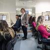 コールセンターにおけるスタッフ教育の種類と方法