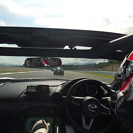 【VRゴーグルプレゼント】大迫力でドキドキ! VR動画でカーレースのドライバー体験をしよう!