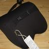 b0032 Aoomiya ネックパッド 車 クッション 低反発 ネックピロー ドライブ 旅行 運転 頚椎サポート 枕(ブラック)