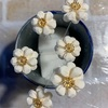 つまみ細工  返し丸つまみ(裏丸つまみ)のお花
