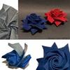 「起毛紙×剣咲き」第2弾、シックな紺色のバラをご覧あれ!