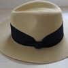 風に強くなれる帽子。