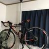 ロードバイクの室内保管にはバイクタワーが便利です。