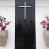信者以外のキリスト教葬儀は是か非か