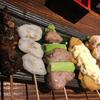 予約必須の名店!溝の口「魚~ずまん(うおーずまん)」で、地酒と魚串で贅沢な一杯。