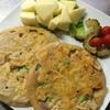 カリカリチーズの野菜お好み焼きwithトマトとゴーヤのピクルス