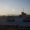 ビジネスホテルの窓から写す新潟駅の風景