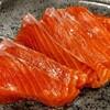 紅鮭の刺身
