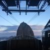 世界遺産リオの絶景を一望!ポンヂアスーカル奇岩観光